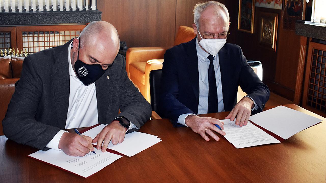 Иван Гешев и председателят на АИКБ Васил Велев подписаха Меморандум за сътрудничество