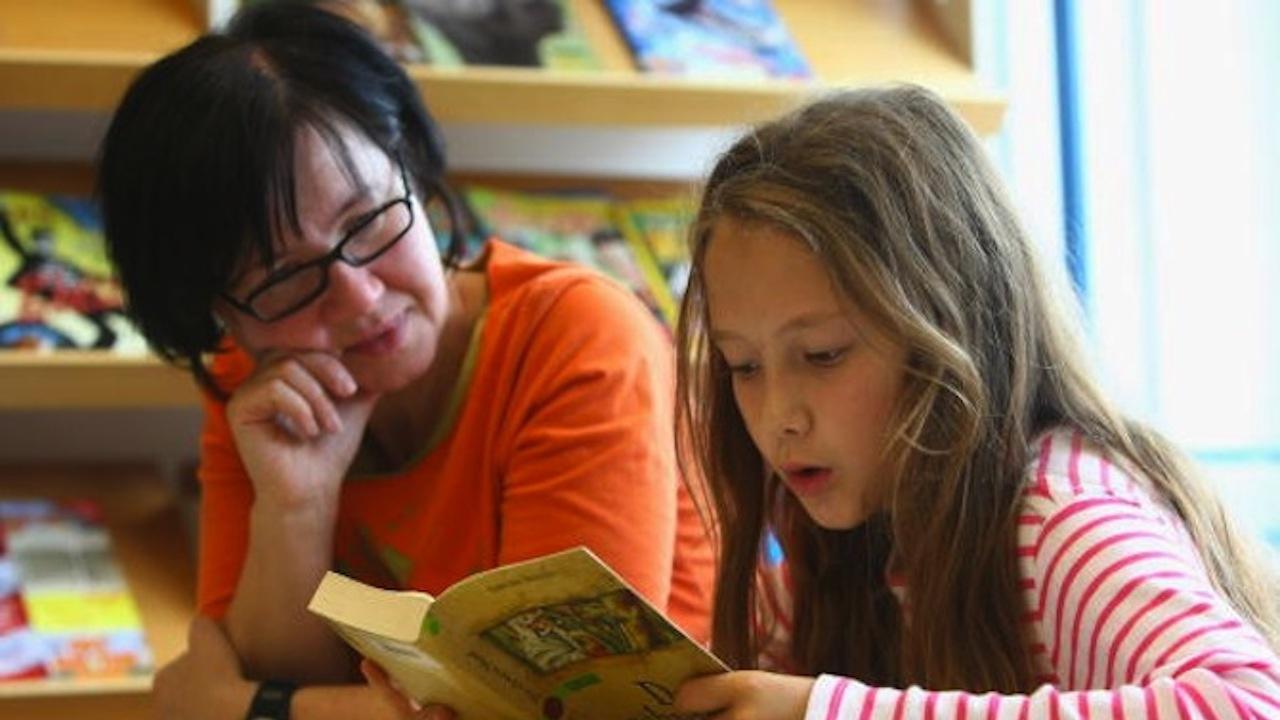 """Синдикат """"Образование"""" към КТ """"Подкрепа"""": Учебният материал не трябва да бъде намаляван"""