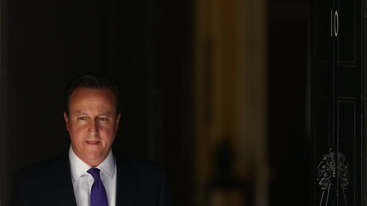Разследват бившия британски премиер Дейвид Камерън за лобиране пред министри