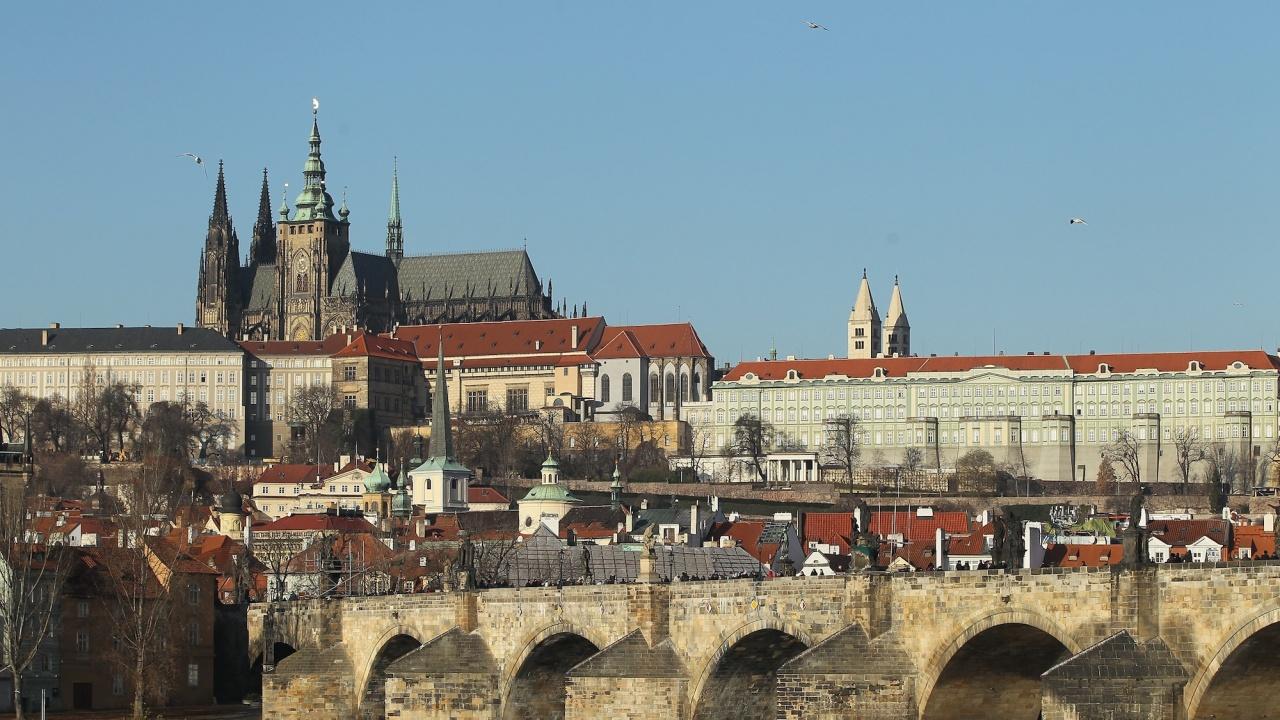 Байдън и Путин се срещат в Прага?
