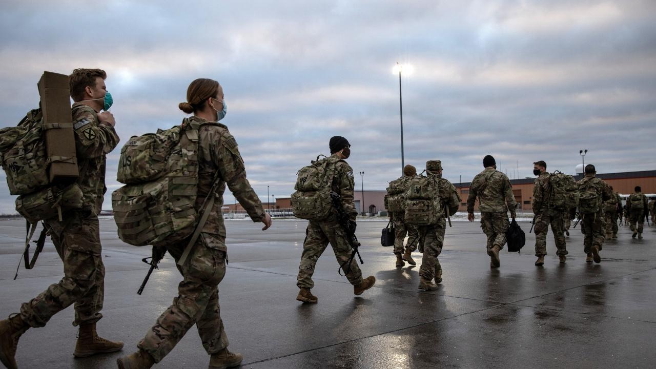 МВнР: Съюзниците от НАТО взеха решение за изтегляне на контингентите от Афганистан