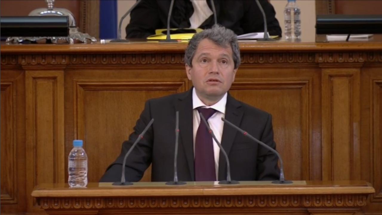 Тошко Йорданов: Няма нужда да се лъжем, че НС ще изкара мандата си