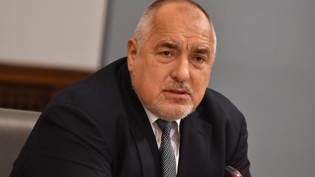 Парламентът задължи Борисов да се яви пред депутатите