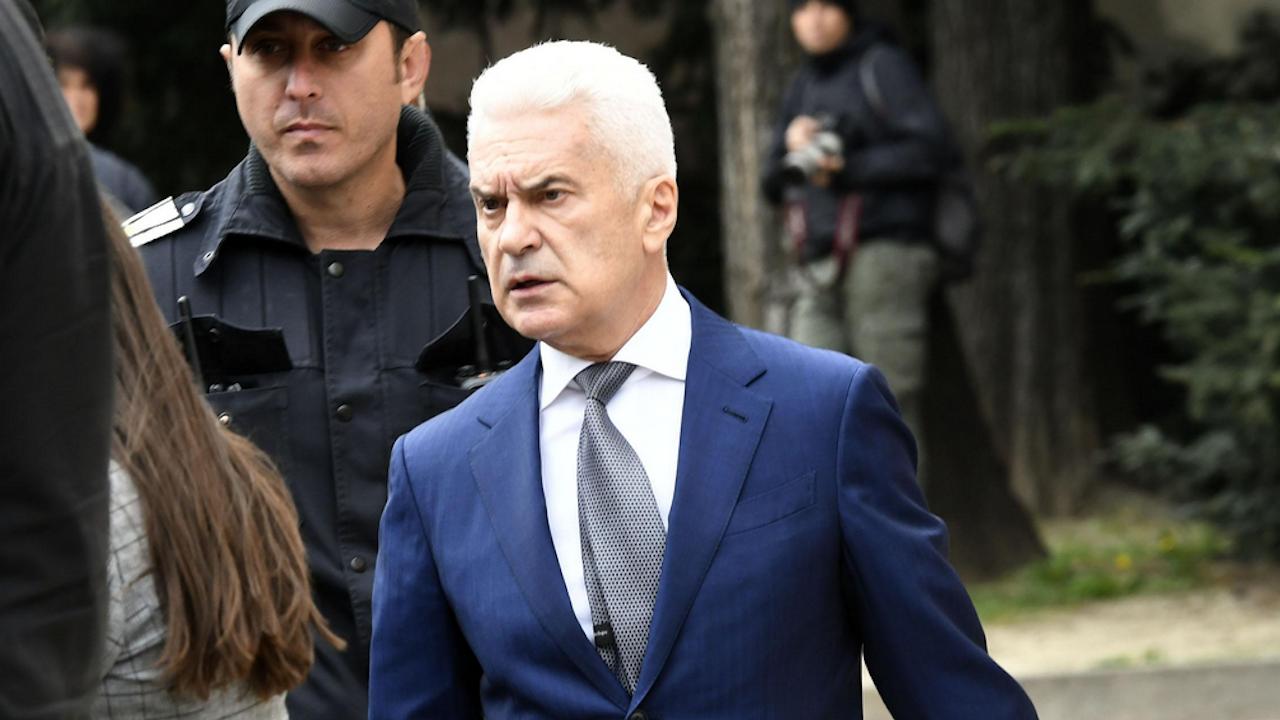 Волен Сидеров: Слави показа среден пръст на 2,5 млн. българи