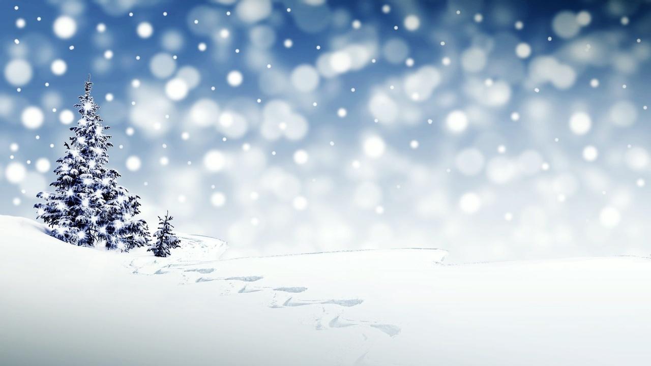 Сняг валя в Пампорово