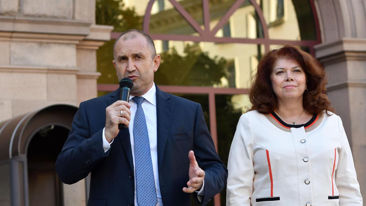 Водещите новини! БСП подкрепи Радев и Йотова за втори мандат