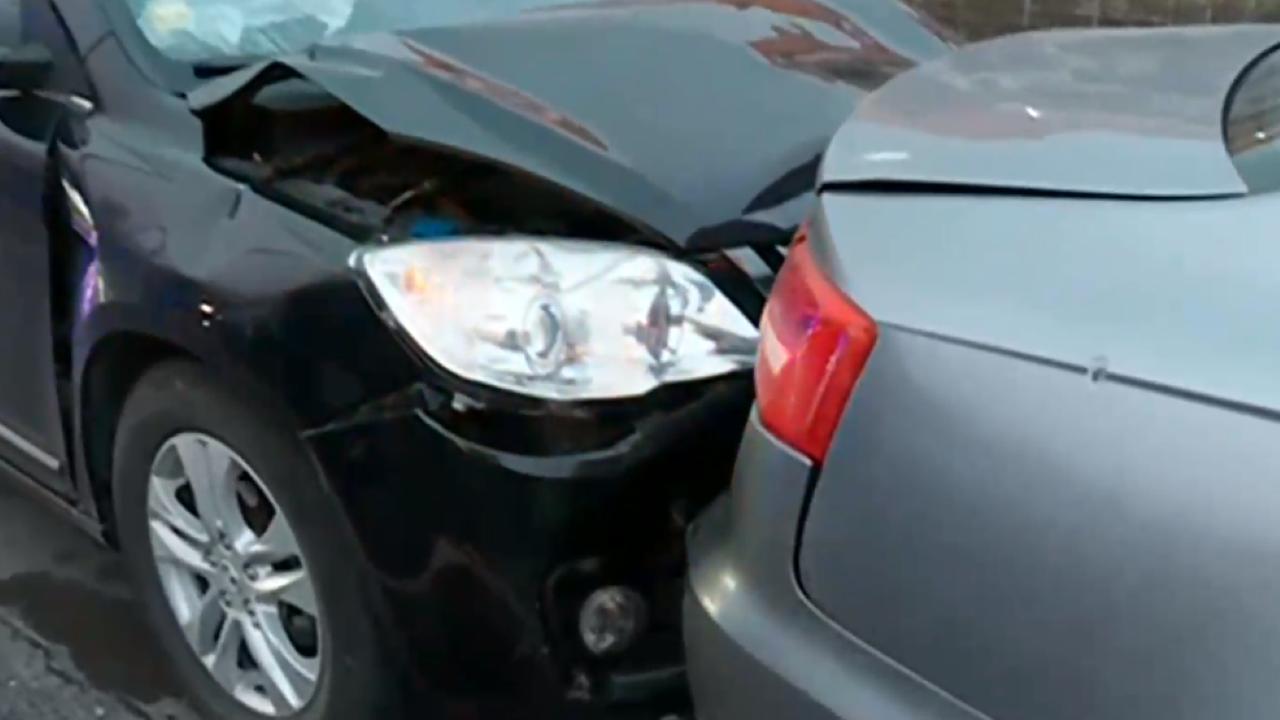 Верижна катастрофа с шест коли в София