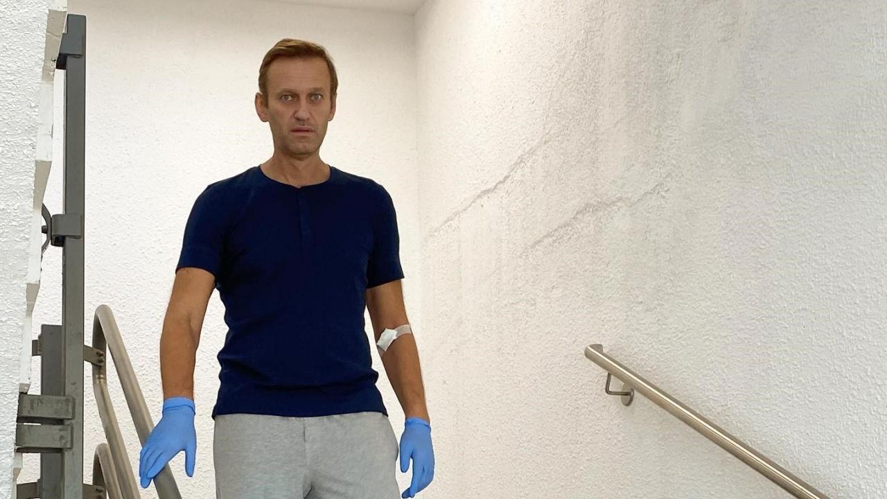 Навални е много слаб и не получава необходимите медицински грижи, алармират адвокатите му