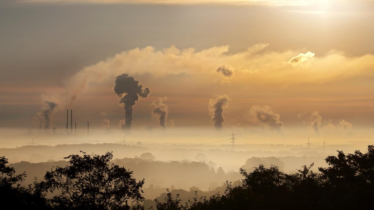 Институциите на ЕС са се споразумели за нови климатични правила за намаляване на парниковите емисии с поне 55 процента