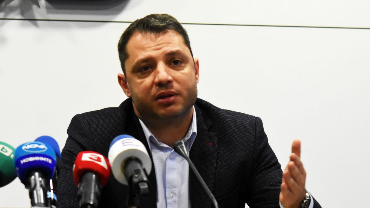 Делян Добрев: Шансът за кабинет на ГЕРБ-СДС е под 1%