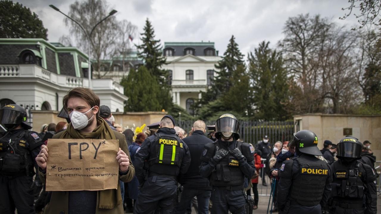 Чехия с ултиматум към Русия; остра реакция на Захарова