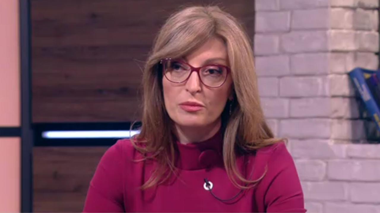 Захариева нападна ИТН: С промените в ИК целят да си осигурят служебна победа