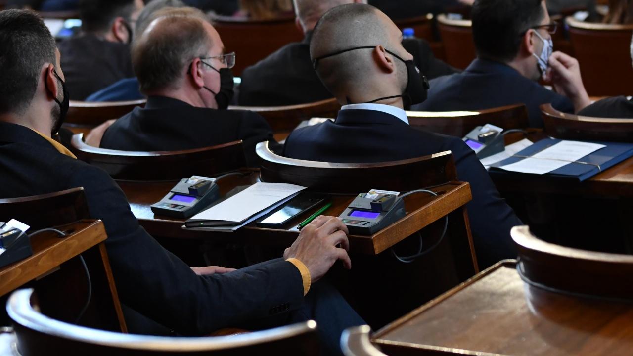 Бивш член на ЦИК: Скоростните промени в Изборния кодекс няма да дадат качествен резултат
