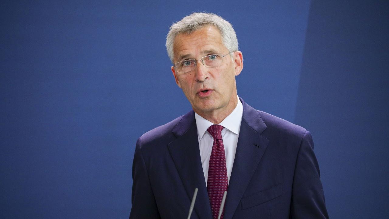 НАТО изрази задоволство от изтеглянето на руските войски по границата с Украйна