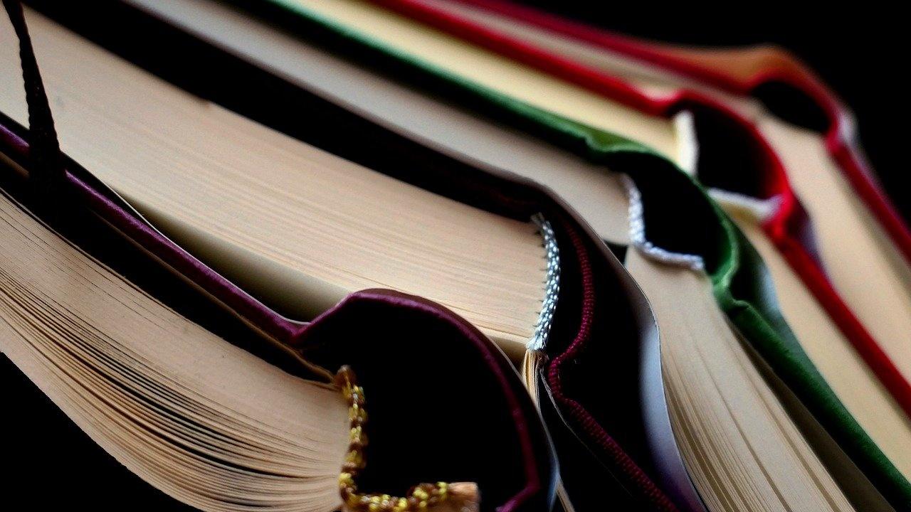 Правителството одобри над 30 милиона лева за осигуряване на познавателни книжки, учебници и учебни комплекти