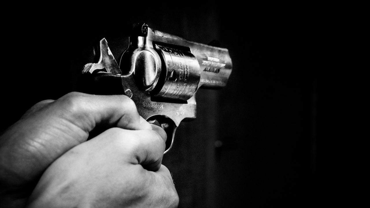 Въоръжено лице бе постреляно и ранено при опит да проникне в комплекса на ЦРУ