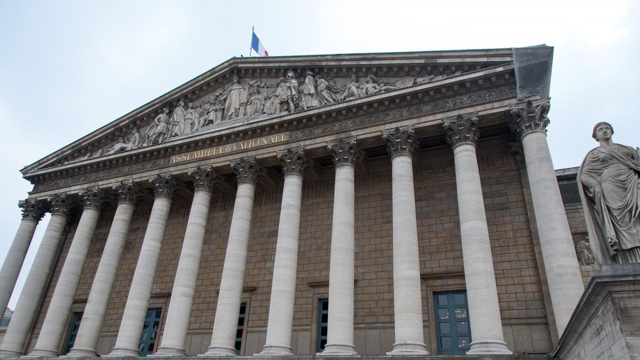Долната камара на френския парламент  одобри законопроект за климатичните промени