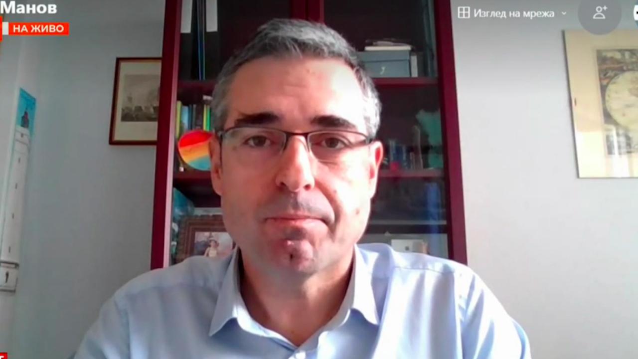 Стефан Манов: Това, което няма по света, е смесване на хартия и машини