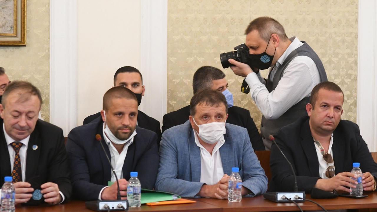 Прокуратурата започна проверка на казаното от Светослав Илчовски и Иван Ангелов в парламента