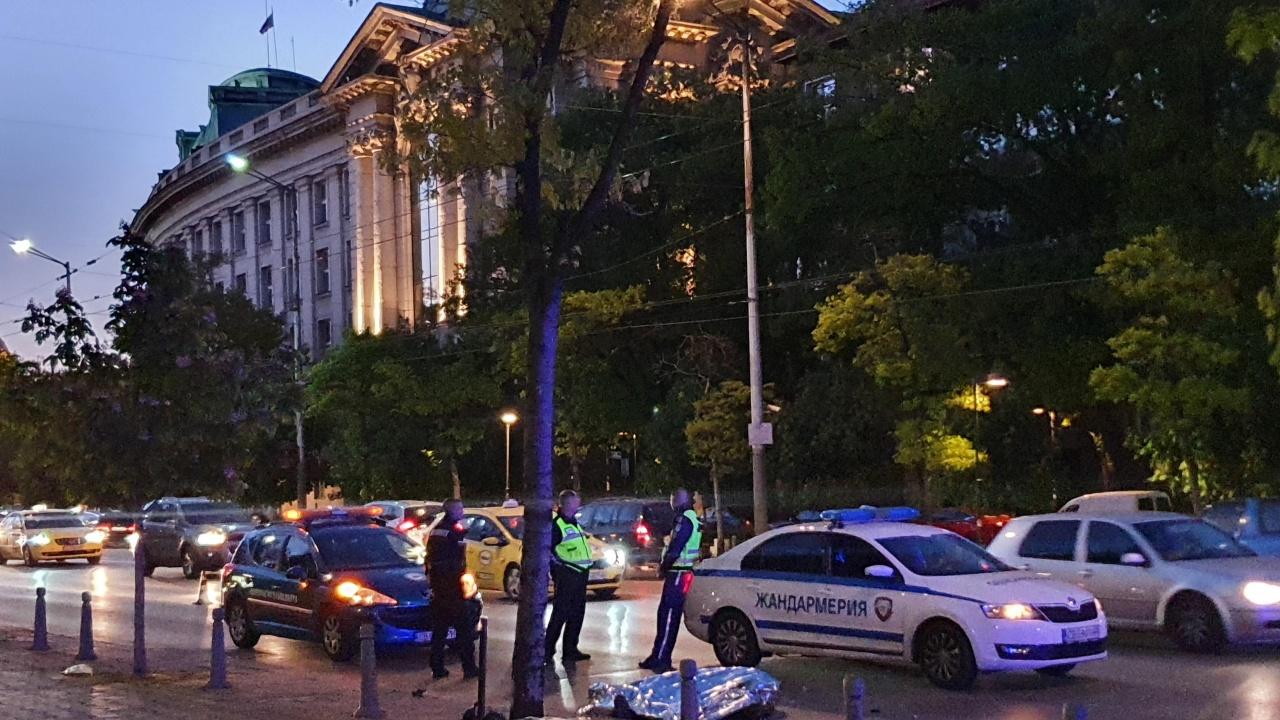 Моторист загина при тежка катастрофа в София