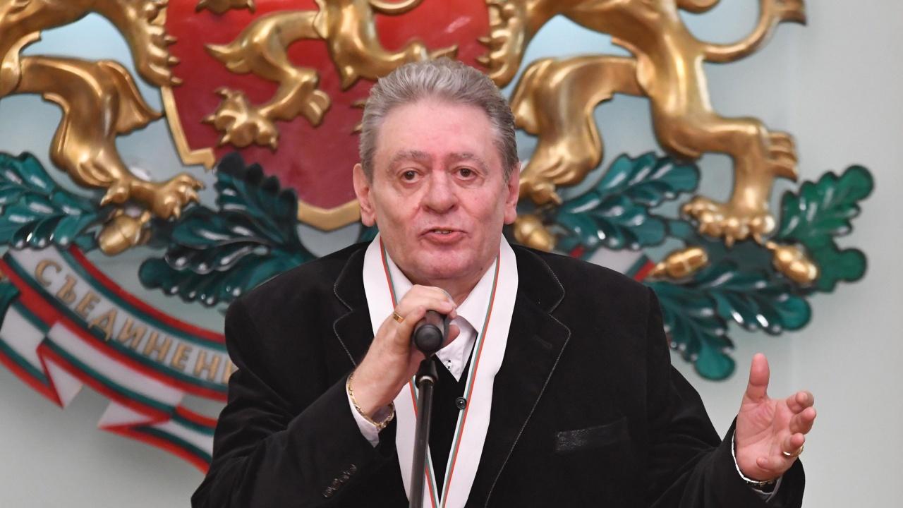 """Михаил Белчев получи """"ИКАР"""" за цялостен принос в музиката"""