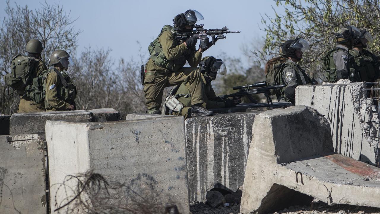 Ню Йорк таймс: Израел води война на два фронта