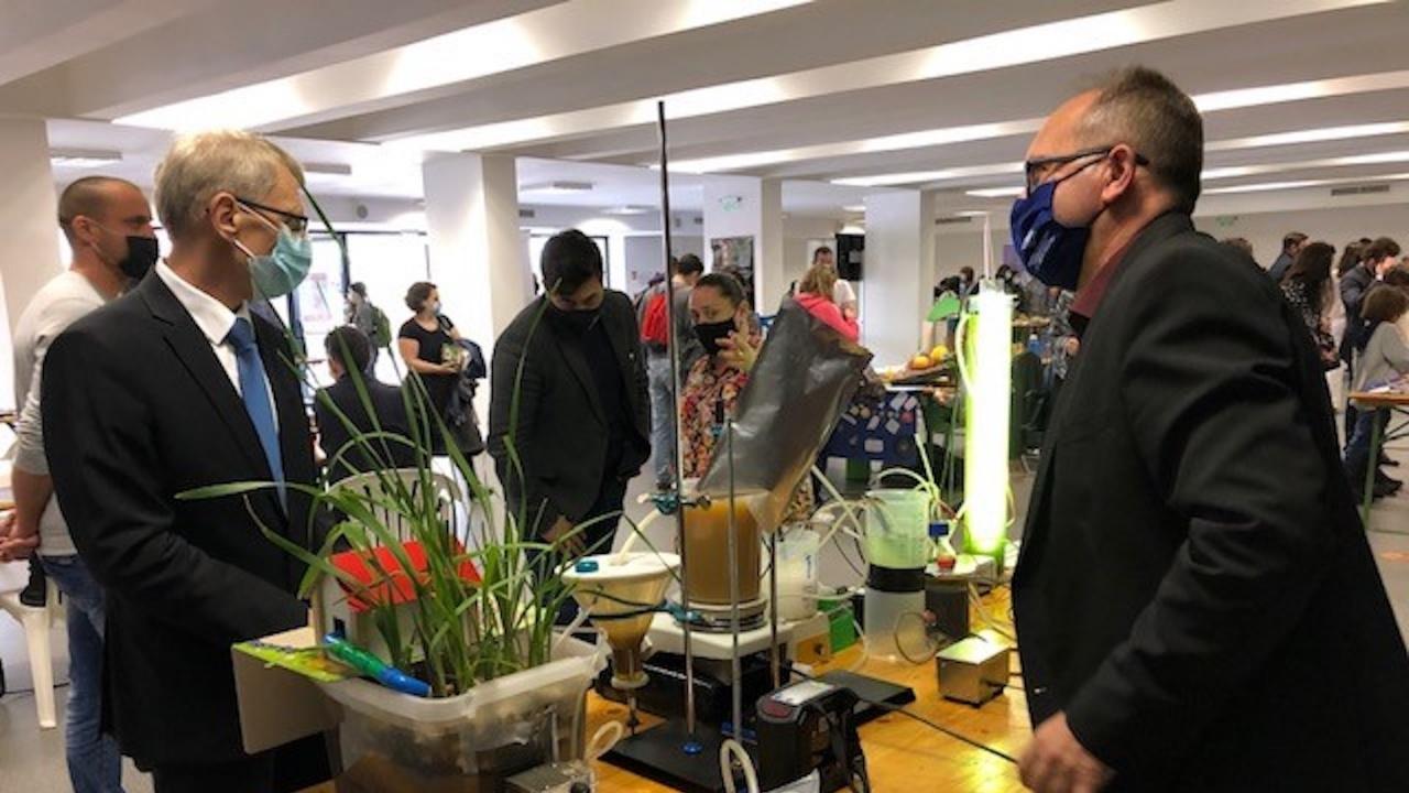 Министър Денков откри Софийския фестивал на науката