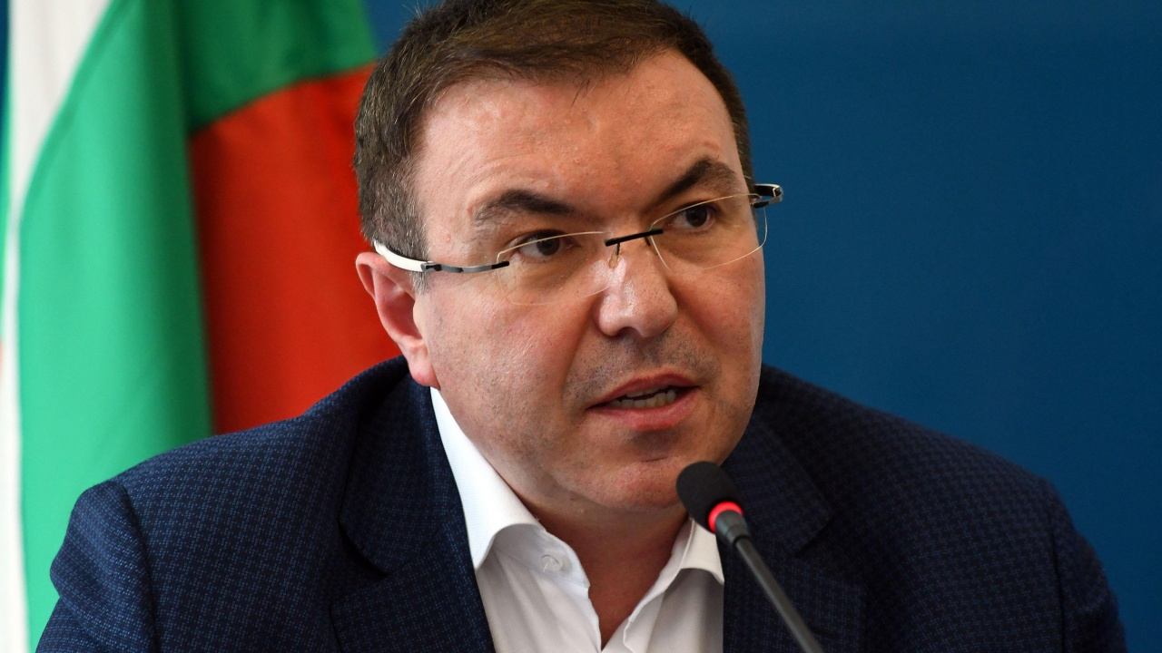 Проф. Костадин Ангелов: Доволен съм от постигнатото, лекарите дадоха най-доброто от себе си