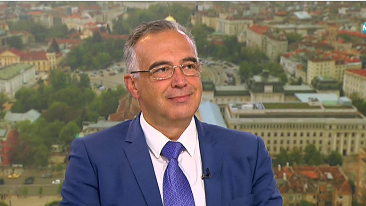 Антон Кутев за дубайско назначение в МВР: Ми що пък да не е от Божков?