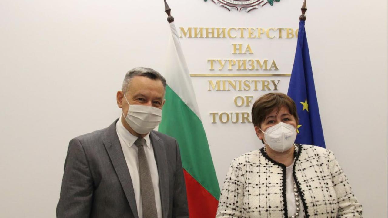 Стела Балтова пред посланика на Украйна: Работим за доверието на туристите