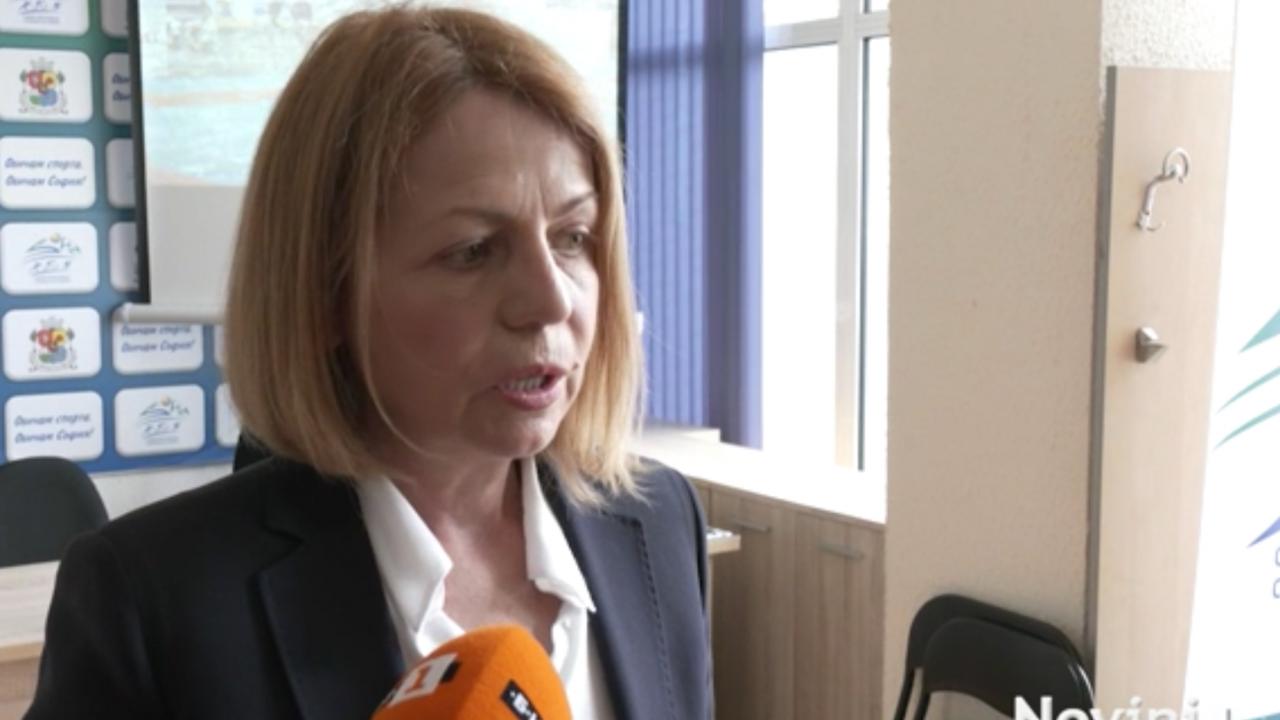 Фандъкова:  Задължени сме към всички родители, чиито деца останаха извън детските градини