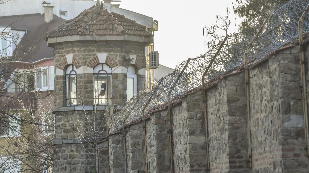 Започва проверка в Синдиката на надзирателите в затворите