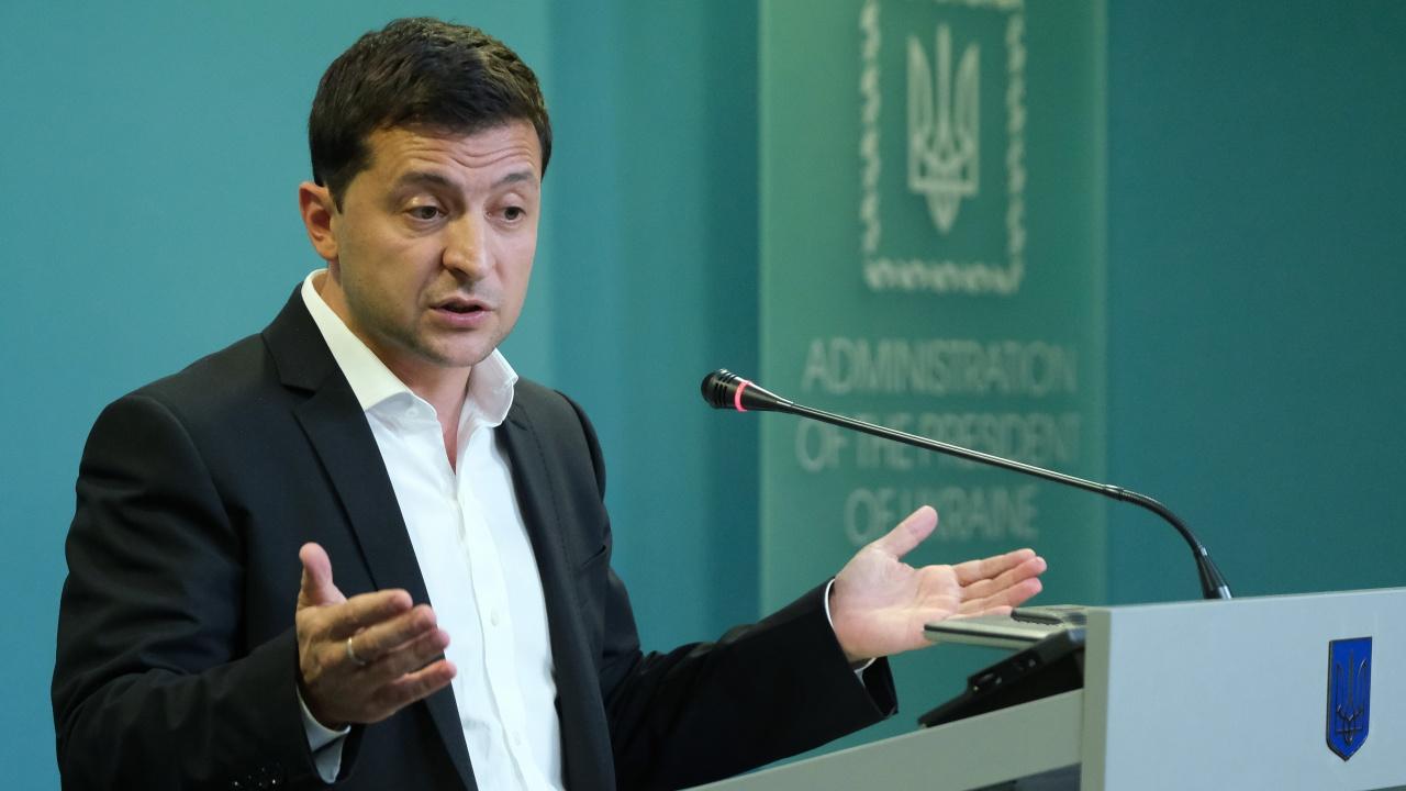 Володимир Зеленски: Русия прави първа стъпка към анексиране на Източна Украйна