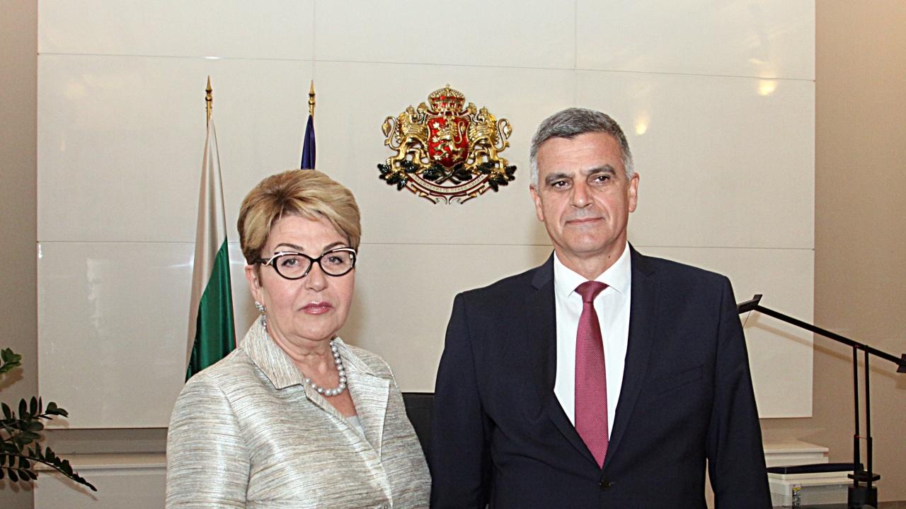 Стефан Янев проведе среща с посланика на Руската Федерация Елеонора Митрофанова