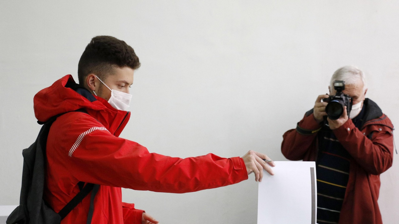 Вял интерес към регистрацията за изборите на 11 юли