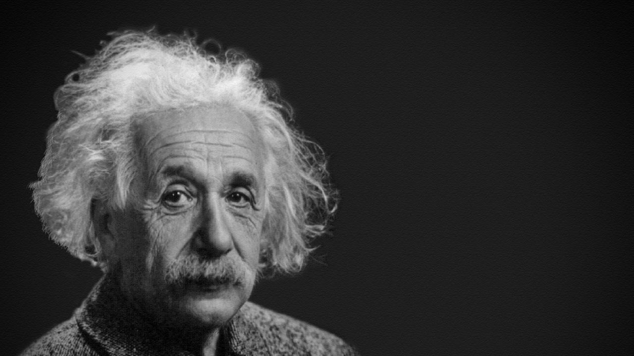 Писмо, в което Айнщайн написал прочуто уравнение, продадено за $ 1,2 млн.