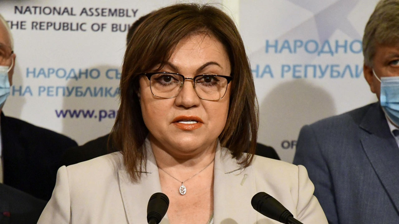 Нинова: Лъжа е, че БСП ще издига Първанов за президент