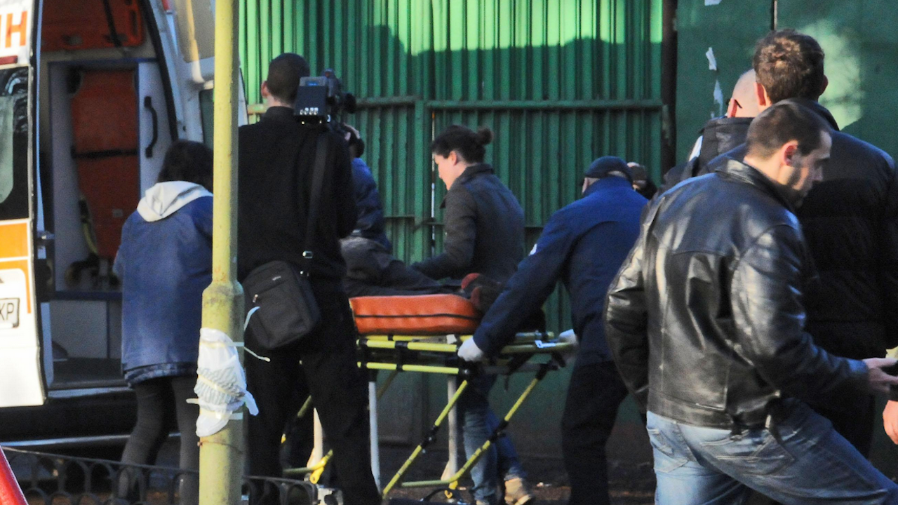Младежи нападнаха работници на фирмата по чистота в Благоевград
