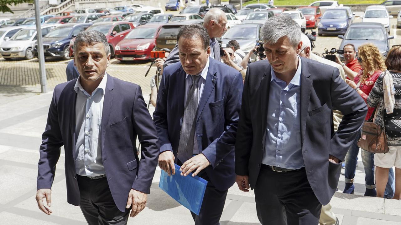 """Жан Виденов не присъства на регистрацията в ЦИК на новата коалиция """"Ляв съюз за чиста и свята република"""""""