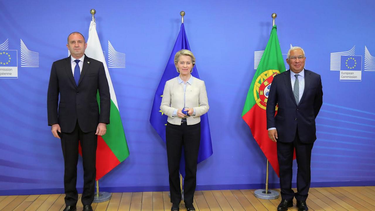 Радев се срещна и разговаря с Фон дер Лайен и португалския премиер - темата бе Северна Македония