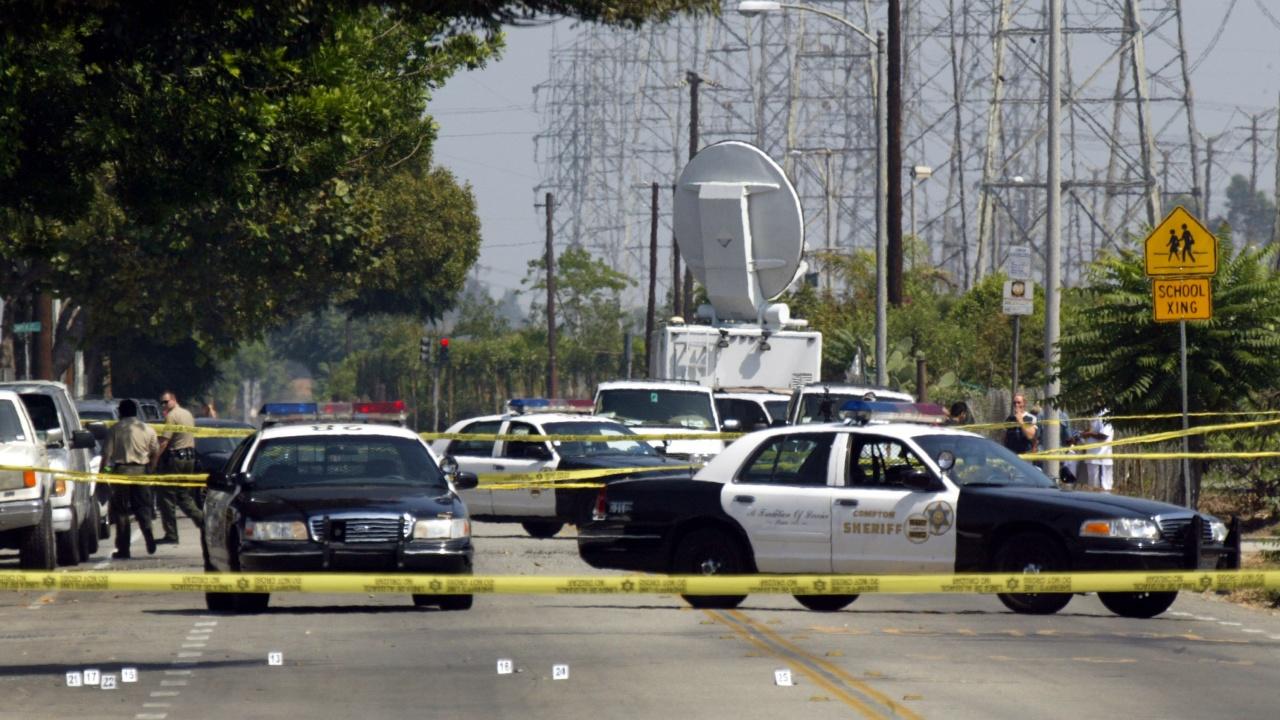 Стрелба на спирка на наземна железница в Сан Хосе, има ранени и убити