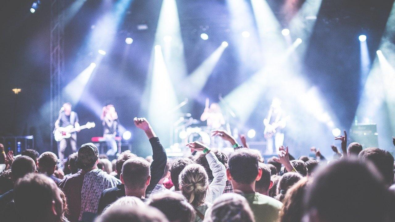 Румъния разрешава от 1 юни големите концерти и фестивали, но само за ваксинирани