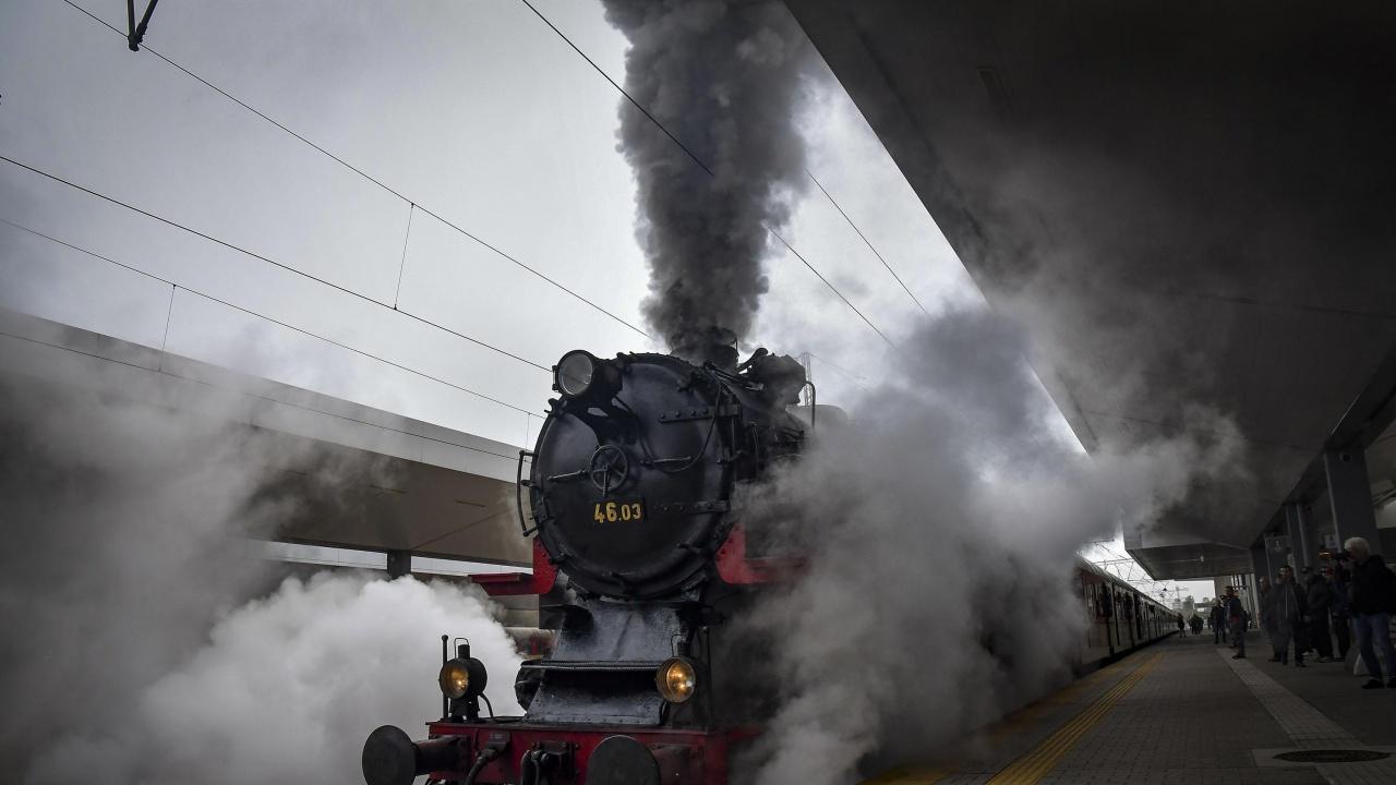 БДЖ ще организира още две пътувания с парен локомотив по теснолинейката през юни