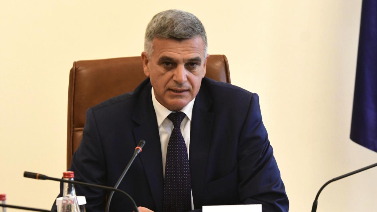 Стефан Янев се чу с албанския си колега Еди Рама
