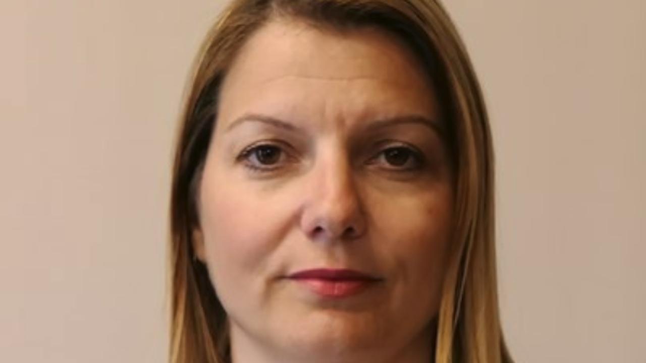 Близката до Божков Елена Фичерова хвърли оставка като началник на кабинета на Бойко Рашков