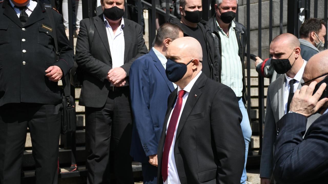 """Кольо Колев:  Главният прокурор е като """"тапа"""" - запушва възможността за оздравителни процеси"""