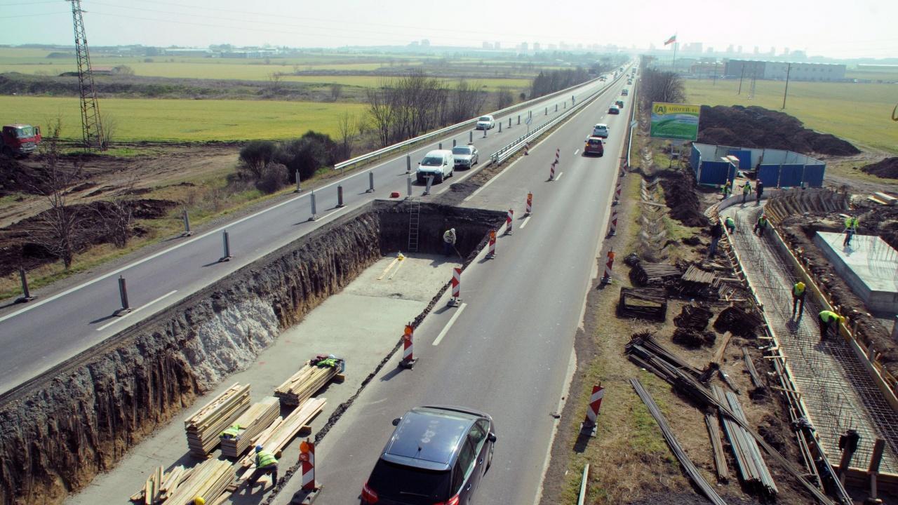 """От АПИ установиха фрапантни нередности при ремонтите на магистралите """"Тракия"""" и """"Марица"""""""