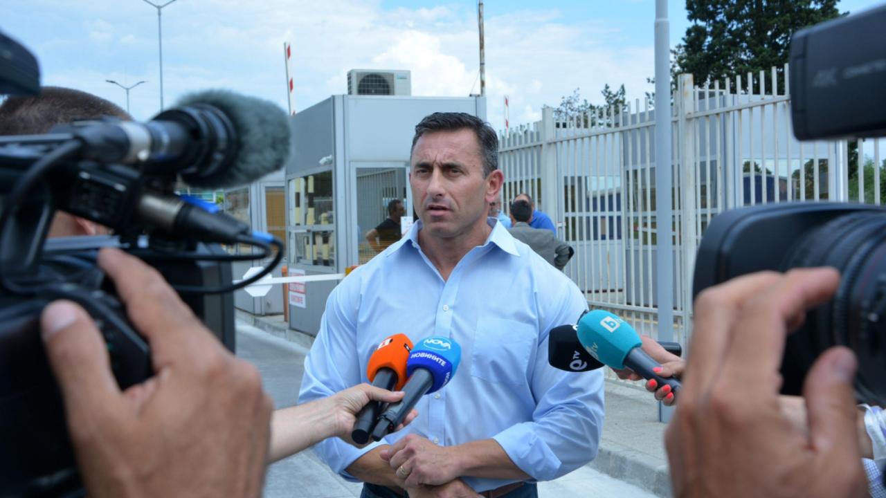Румен Спецов: Установени са нарушения за десетки милиони по граничните ни пунктове