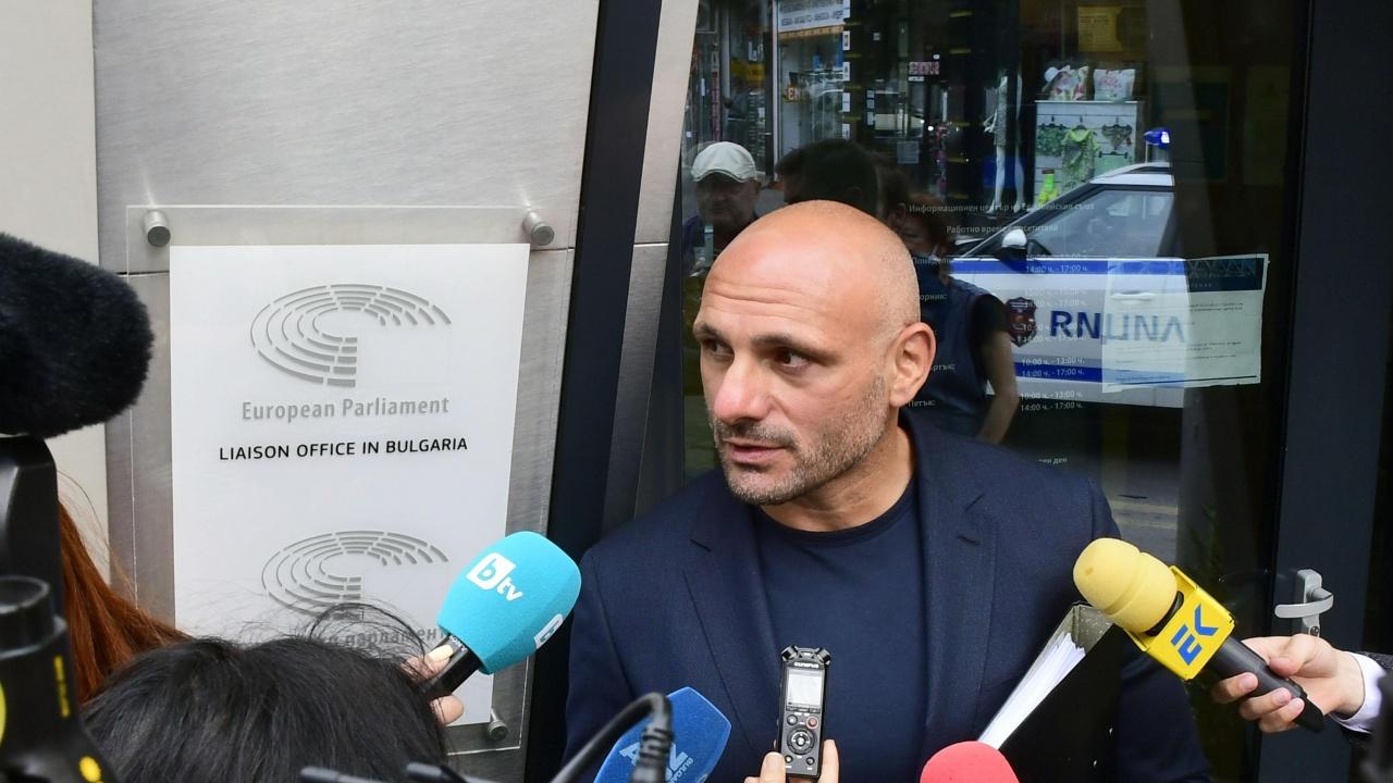 Стъки се оплака от Бойко Рашков в представителството на ЕК у нас