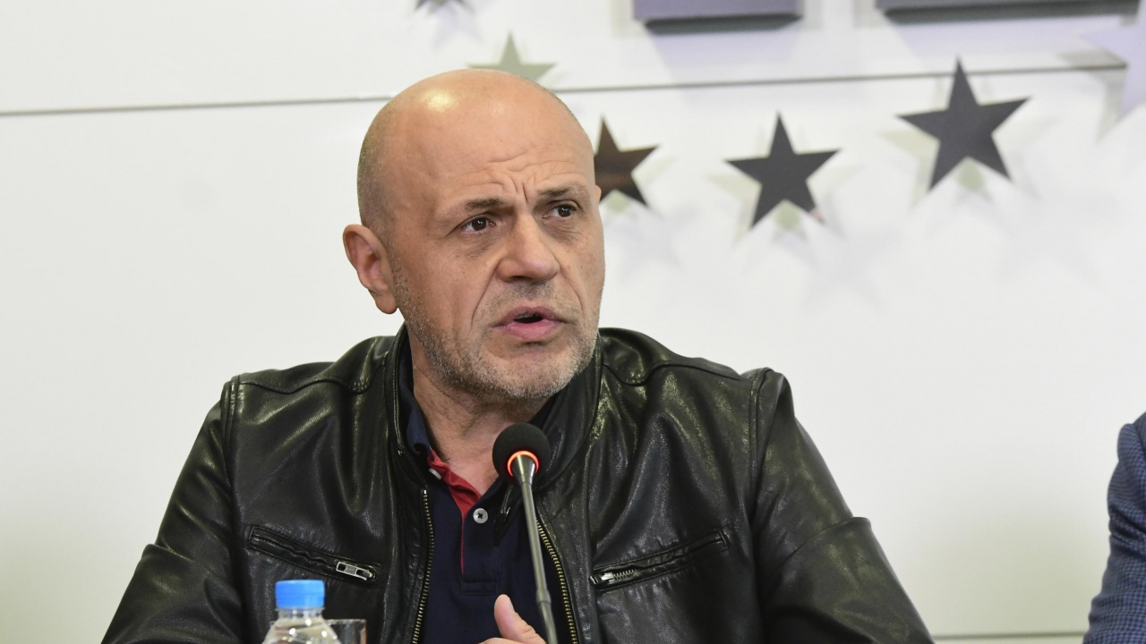 Томислав Дончев се регистрира за участие в парламентарния вот